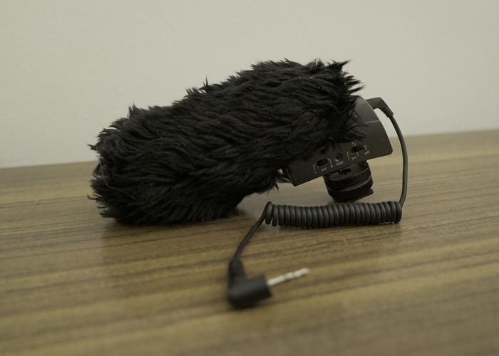Sennheiser MKE 400 top mic for camera - 2