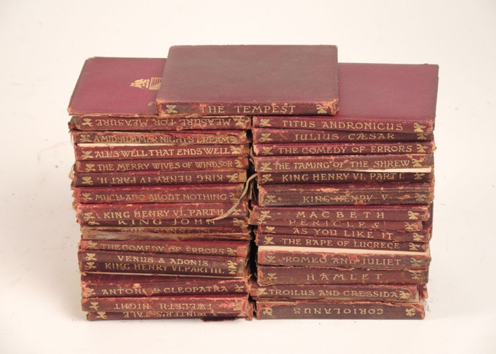 Shakespeare Book Collection for Literature Reviews - 1