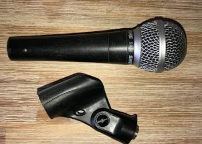 Shure SM58 Vocal Microphone - 1