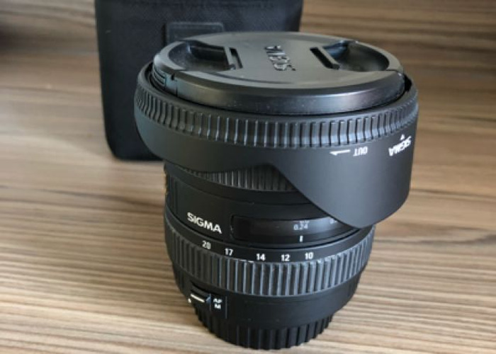 Sigma 10-20mm f4-5.6 EX DC HSM - Canon fit lens - 1