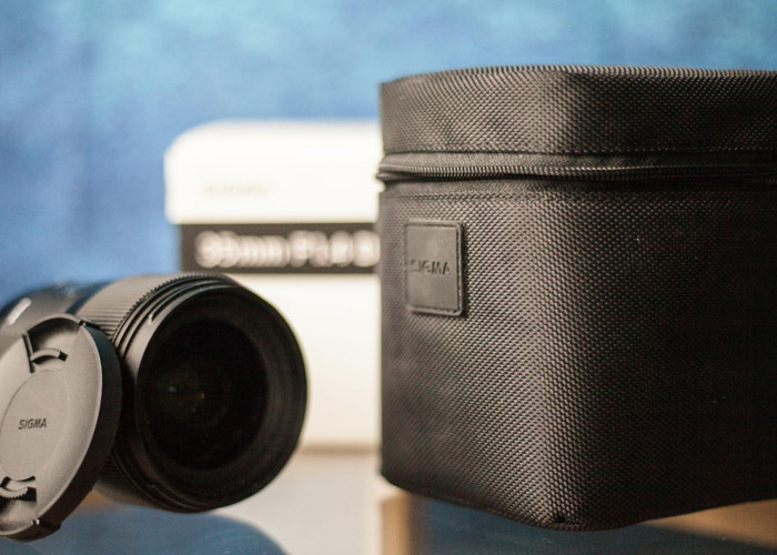 Sigma 1.4 Art Lens (Canon EF Fit) for Full-Frame CanonCamera - 2