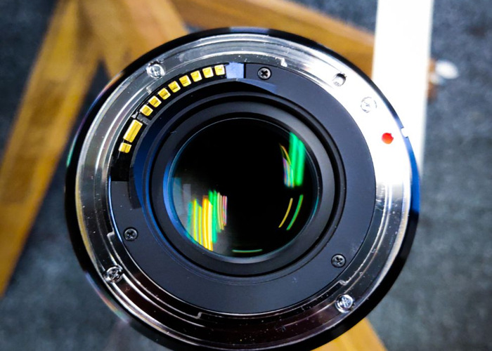 Sigma 18-35mm F1.8 DC HSM Lens (Canon Fit) - 2