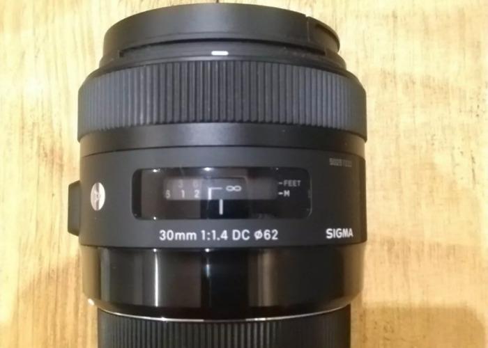 Sigma DC 30mm F/1.4 HSM DC Lens EF for Canon  Art Prime Lens - 2