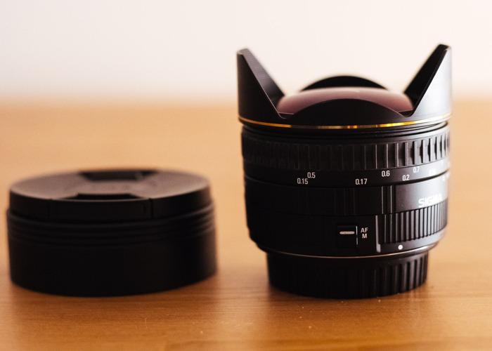 Sigma Fisheye 15mm F/2.8 Canon Mount - 1