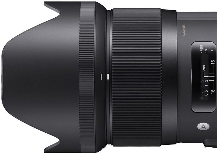 Sigma lens 35mm f1.4 - 2