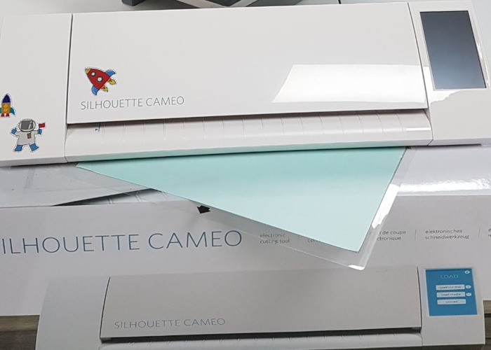 Silhouette Cameo craft cutter - 1
