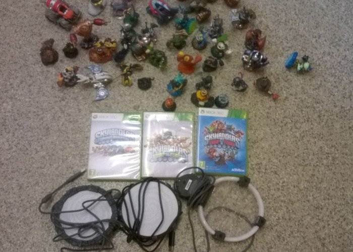 SKY LANDERS BUNDLE FOR XBOX360 3 POTALS/GAMES 50 FIGURES - 1