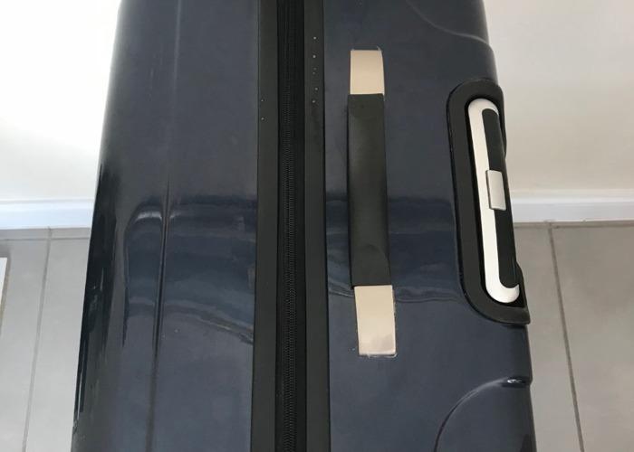 Skyflite Large Hard shell Suitcase - 2