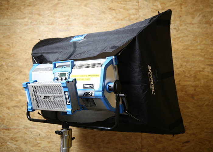 Skypanel S60 with Chimera - 2