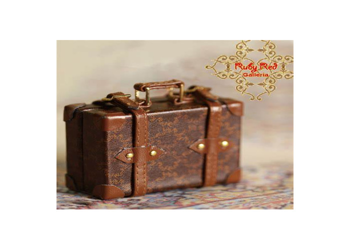 Small Brown suitcase - 1