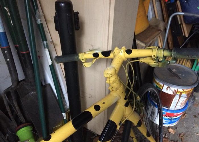 small frame-road-bike-05843541.jpg