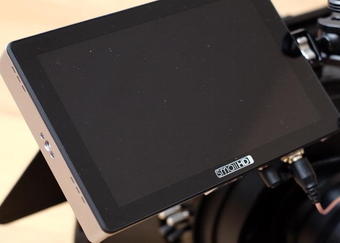 Small HD 702 Touch Camera Monitor SDI HDMI  - 1