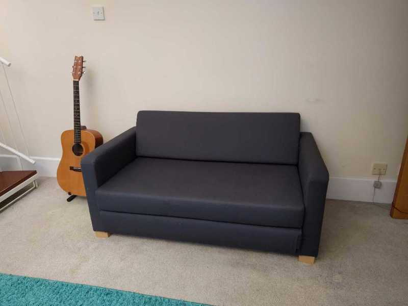 Small sofa pull out bed - 2