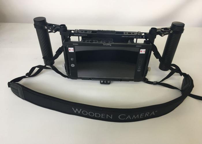 SmallHD 702 Bright w/Handheld Cage - 1