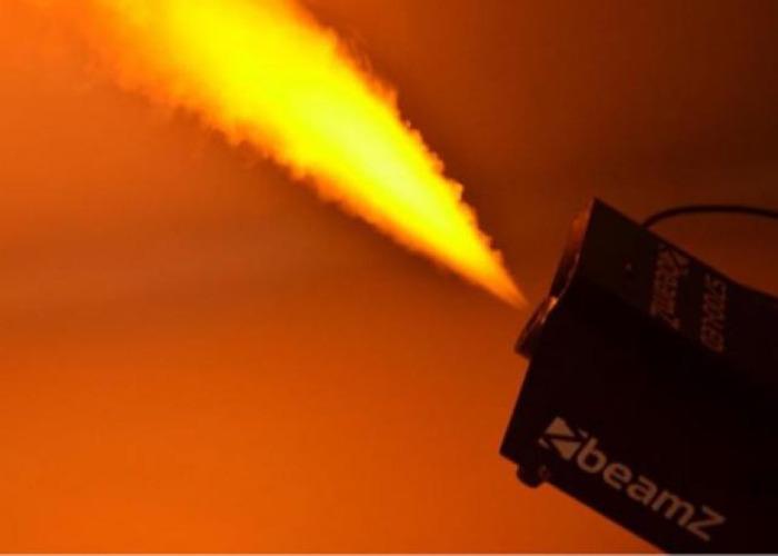 Smoke Machine - 700W Beamz- Amber LED Lights - 2