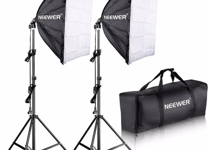 2 Soft Boxes Neewer 700W - 1