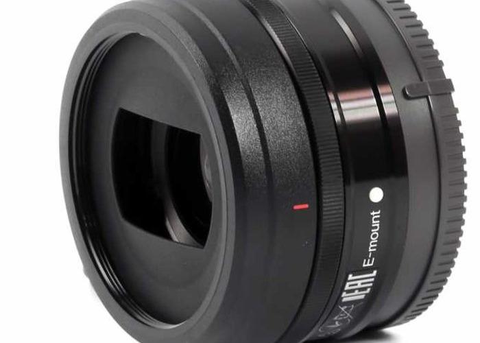 Sony 20mm f2.8 E-mount lens - 1