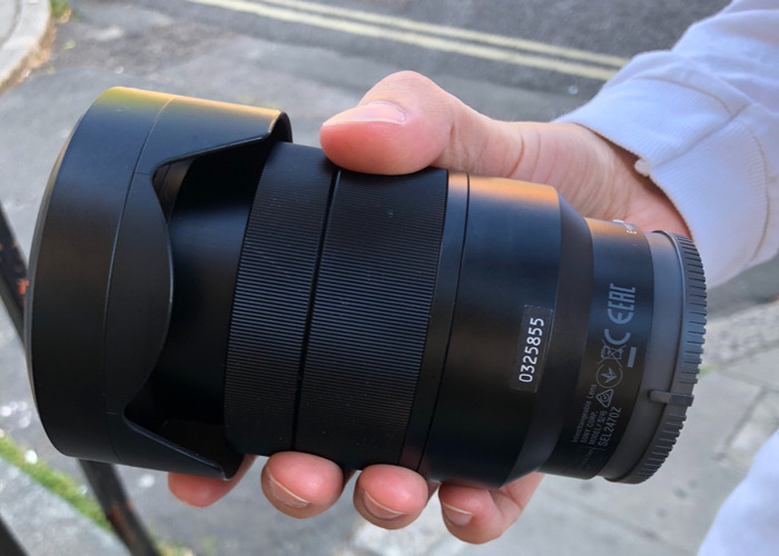 SONY 24-70MM f/4.0 ZEISS LENS ONLY - 2