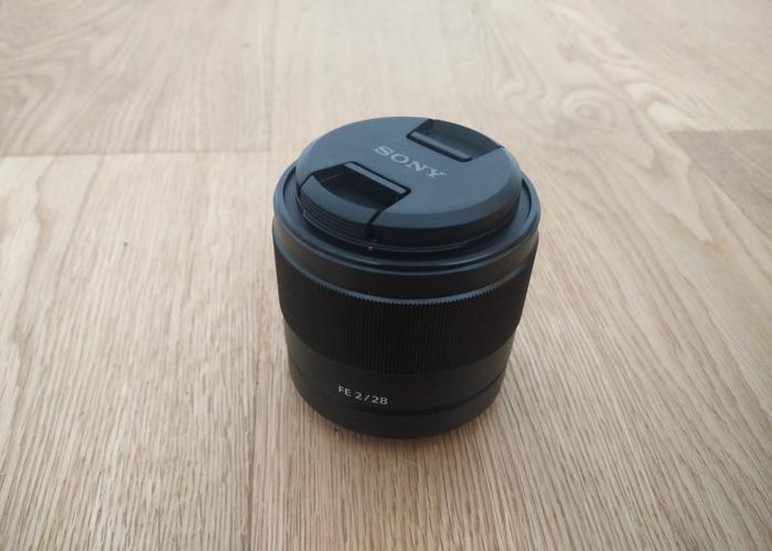 sony 28mm-f2-lens-65111172.jpg
