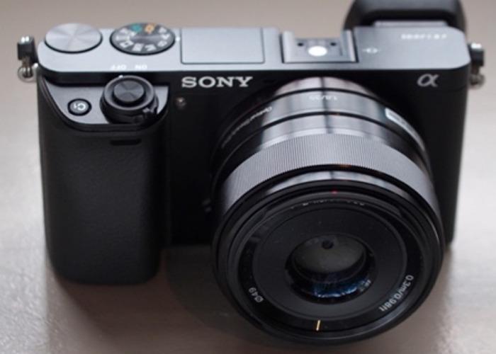 Sony 35mm 1:8 lens - 2