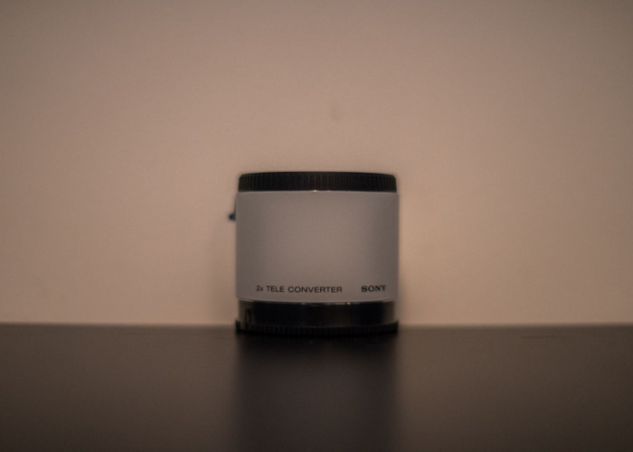 Sony A mount 2x teleconverter (Sony version) - 1
