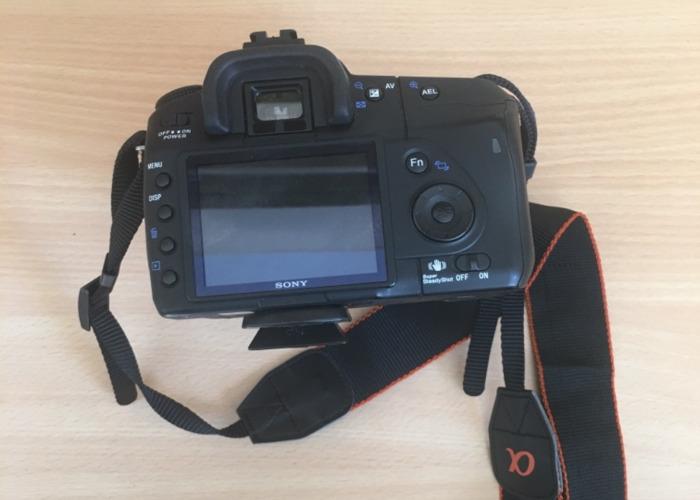 Sony A200 DSLR Camera - 1