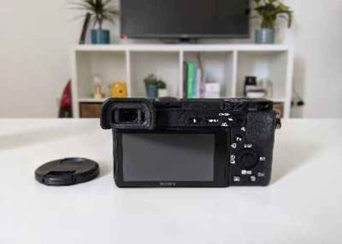 Sony a6500 + 35mm f/1.8 lens + 4 batteries - 2