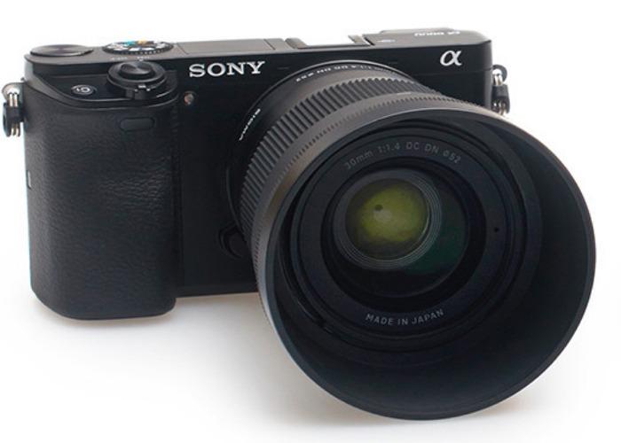 Sony A6500 / Sigma 30mm F1.4 Kit - 1