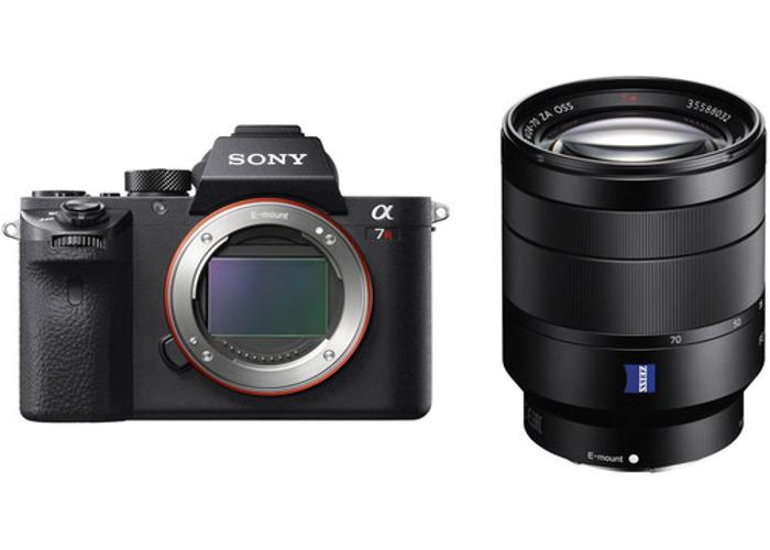 Sony A7 R ii + Zeiss FE24-70 F/4 kit                  - 1