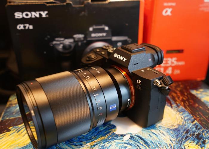Sony A7iii A73 with Sony Zeiss 35 F1.4 Distagon  - 1