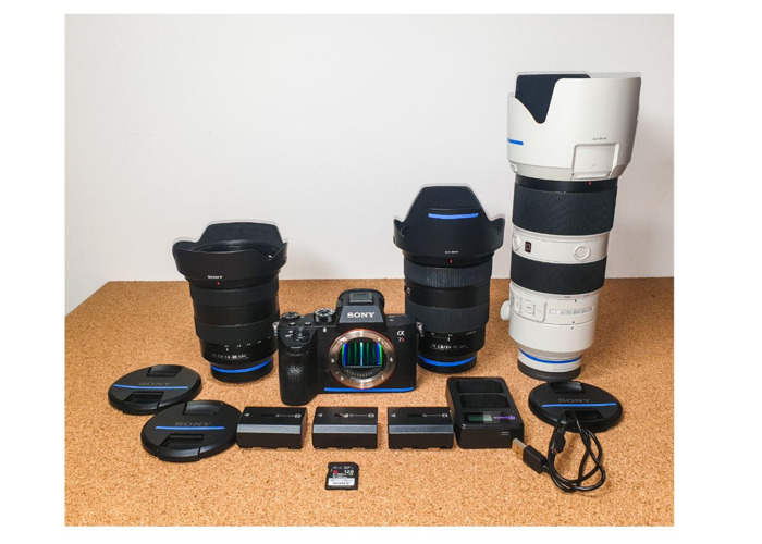 Sony A7R3 III + 16-35, 24-70, 70-200mm F2.8 GM Lens set. Sony A7RIII 3 + 16 - 35, 24 - 70, 70 - 200 mm - 1