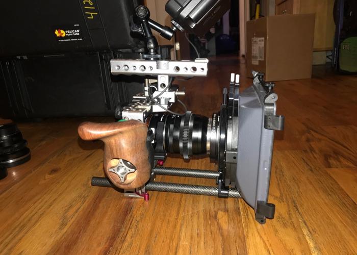 Sony A7sii Full rig w/atomos Ninja V, 2x lenses, Matte Box - 1