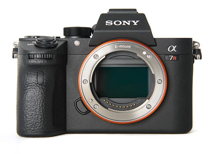 Sony Alpha A7R III - 1