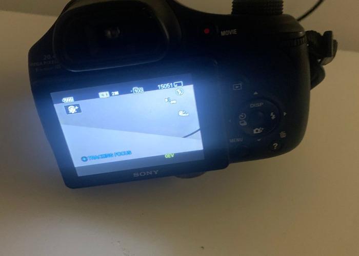 Sony Cyber-SHOT DSC-HX300 - 2