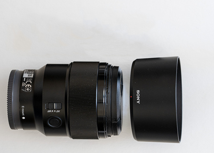 Sony E Mount 85 mm F1.8 Prime Lens - 1