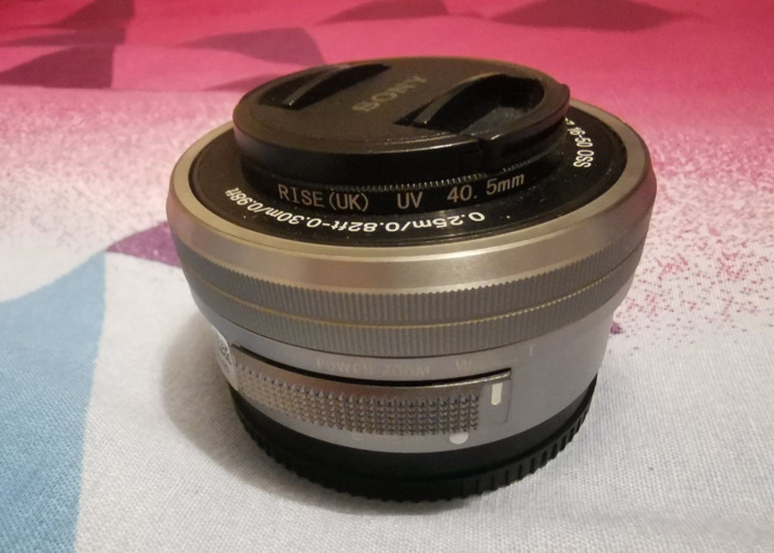 Sony E PZ 16-50mm f/3.5-5.6 OSS Lens - 1
