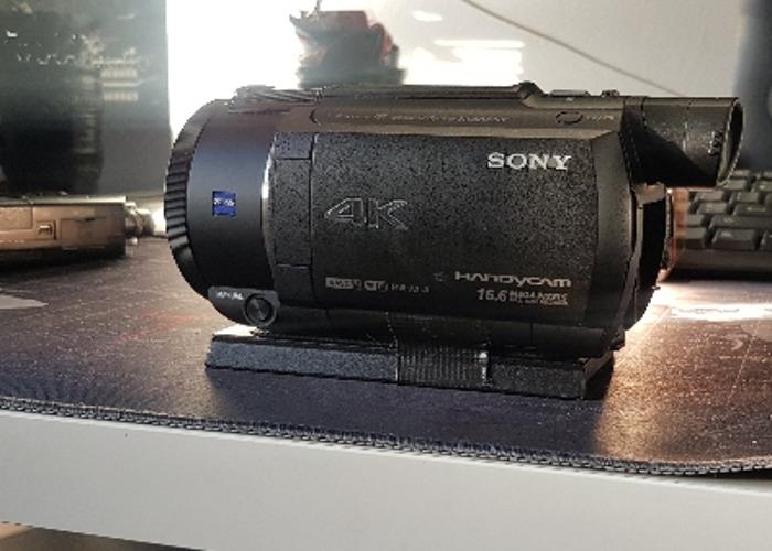 Sony FDR-AX53 Handycam   - 1
