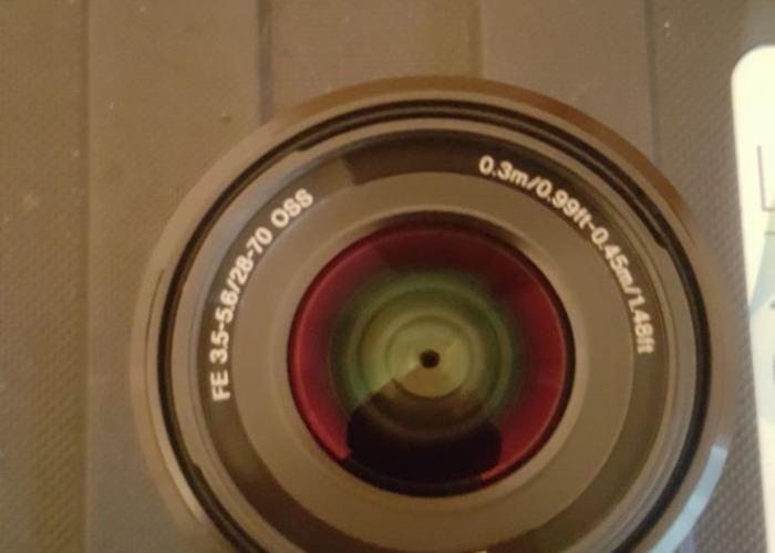 SONY FE 28-70mm f/3.5-5.6 OSS Lens SEL2870 - 1