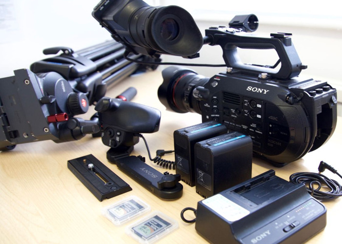Sony FS7 4K video camera kit with FREE tripod if needed - 1