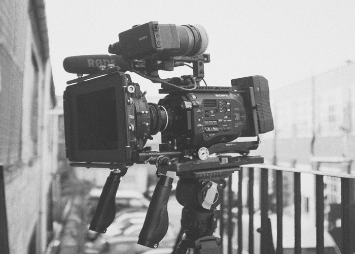 Full Sony FS7 Cine kit w/ Lenses: Nikon AI-S Vintage Prime Lens Set - 1