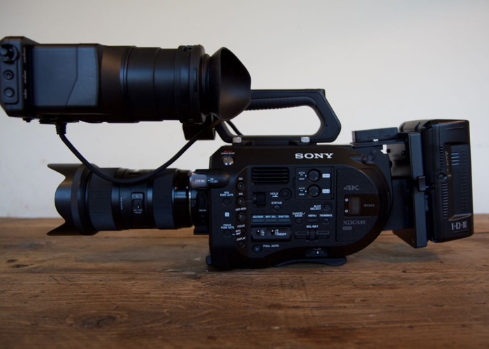 Sony FS7 with f2.8 24-70mkii & f4 70-200 IS - 1