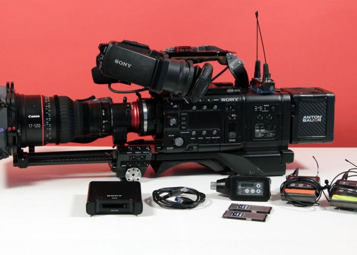 Sony PMW-F5 Kit + Extras  - 1