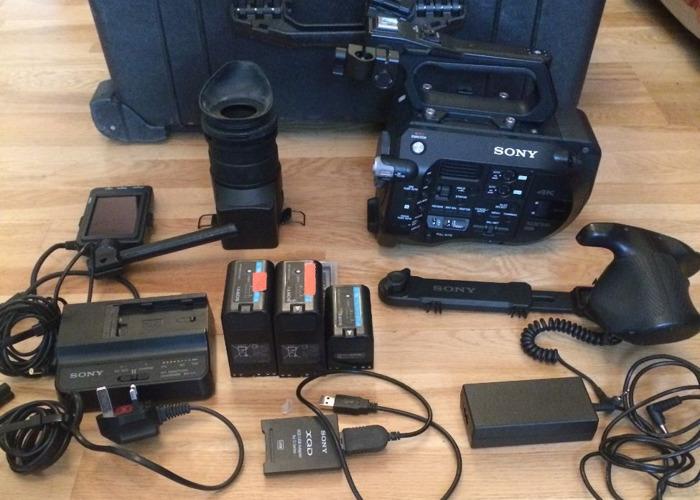 Sony PXW-FS7 Camera body only - 1
