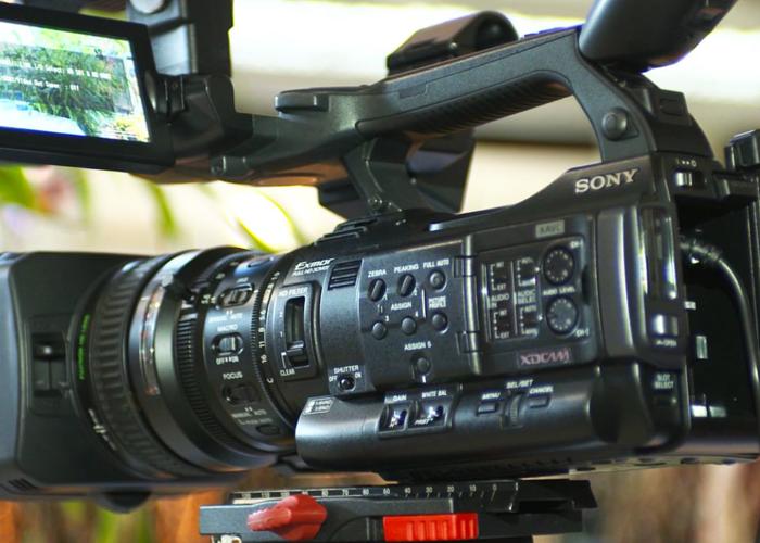 SONY PXW-X200 Full Camera Kit - 1