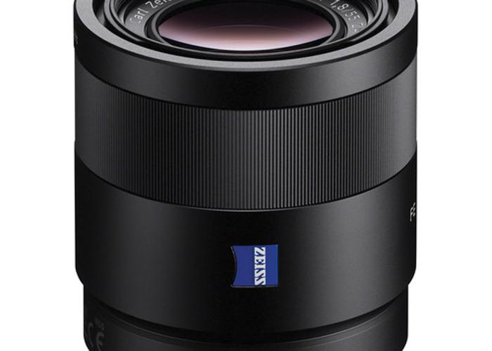 Sony Sonnar T* FE 55mm f/1.8 ZA - 1