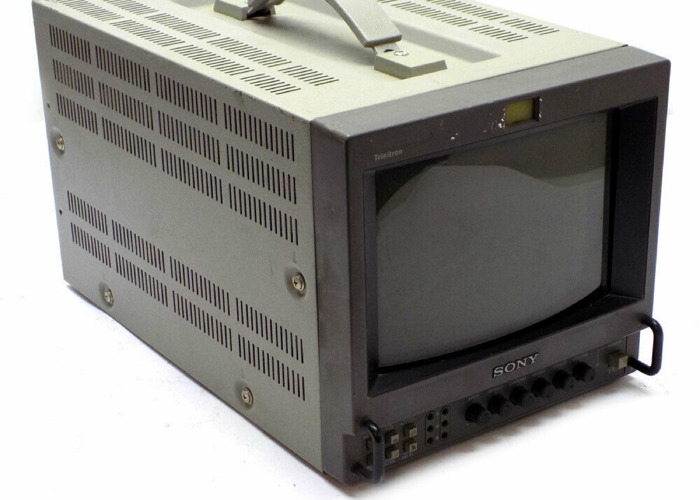 "Sony Trinitron CRT 8"" - 1"