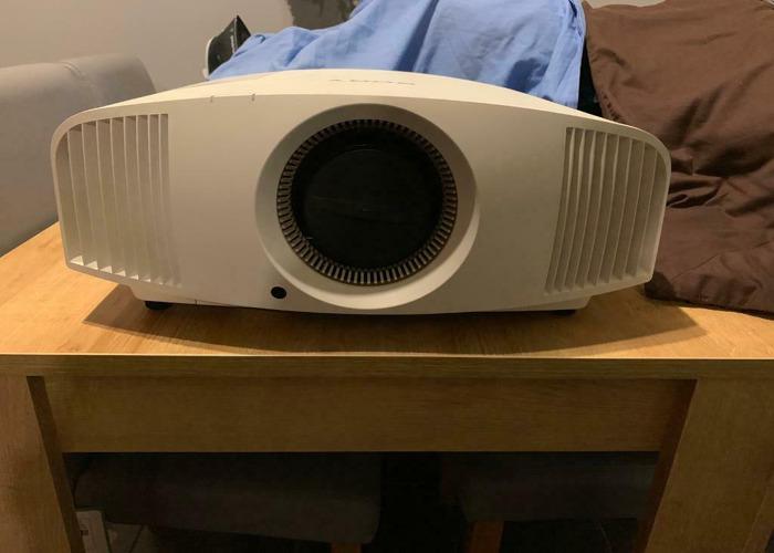 Sony VPL-VW760ES 4K 3D SXRD Projector - 2
