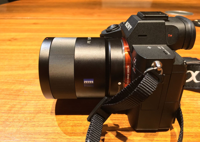 Sony Zeiss 55mm F1.8 Sonnar T* - 1
