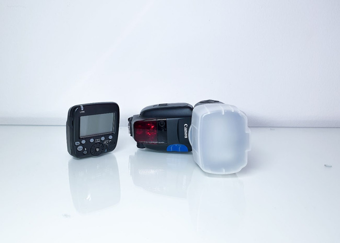 Speedlite 600ex II-RT Flashlight + Canon trigger - 1