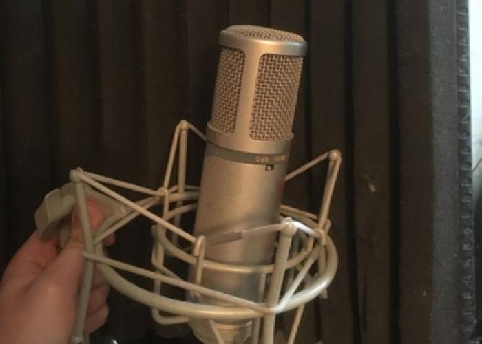 Studio Condensor Microphone With Sound Baffle - 1